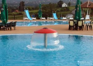 6.Vodena pečurka u rekreativnom bazenu, iza dečiji bazen sa toboganima, Orašac