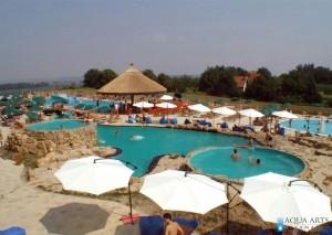 3.Horizont bazeni - projektovano originalno, drugačije od drugih kompleksa - kameni bazen