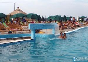 5.Vodena zavesa u rekreativnom bazenu i proplivavanje u kameni bazen u Surduku