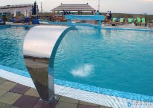 7.Hidromasažni tuš u rekreativnom bazenu u Surduku