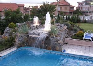 5.Fontana uz bazen u privatnoj kući u beogradu