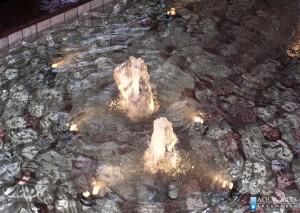 5.Detalj gejzira unutrašnje fontane u enterijeru banke Voban u Novom Sadu
