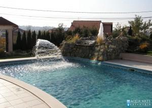 2.Vodene atrakcije u otvorenom bazenu u rezidenciji Stokanić u Beogradu