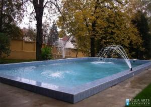 2.Otvoreni bazen, pravougonog oblika sa mlaznicama, Državna rezidencija, Beograd